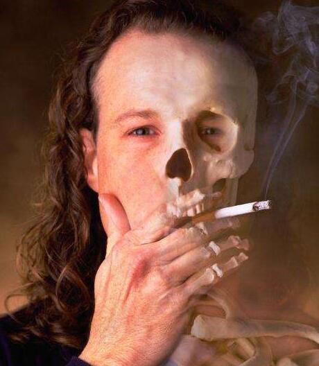 中国7.4亿人受二手烟危害所以创业者请鼓起勇气戒烟