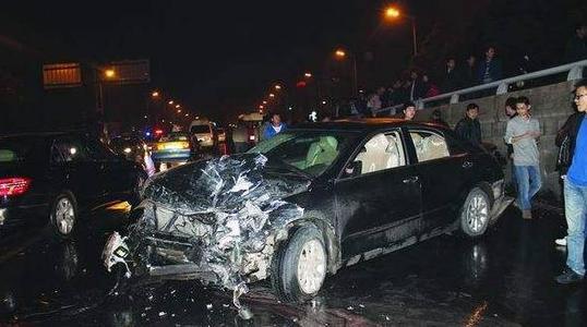 【小知识】车的颜色对车的出事故率有影响么?