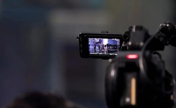 视频号捞金大战:服务商仨月赚100万,宝妈一条短视频收入4万
